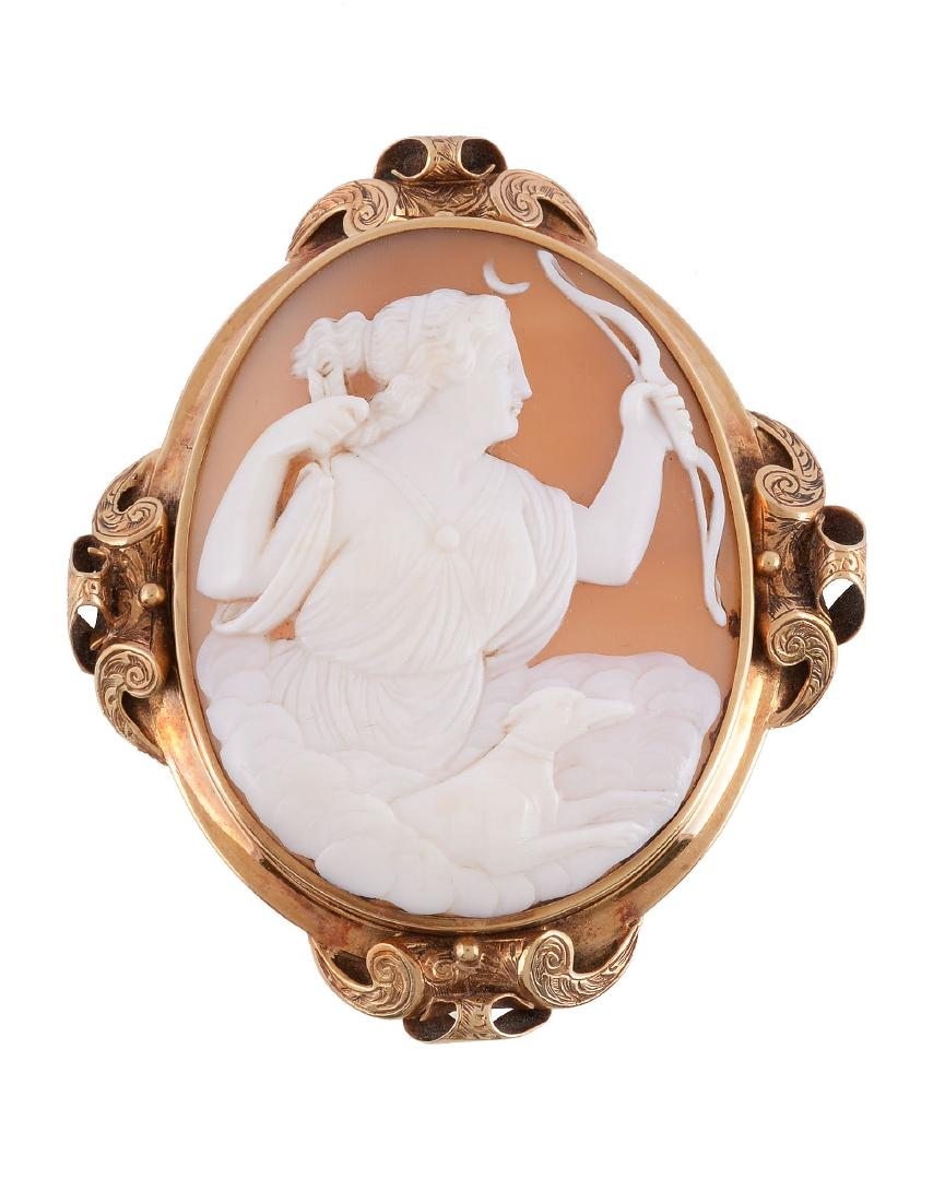 cd42830a3813b Victorian shell cameo brooch, circa 1880 - Antique Cameos