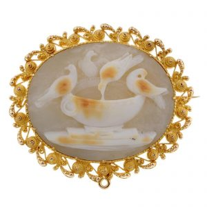 Cannetille Cameo Brooch with Doves