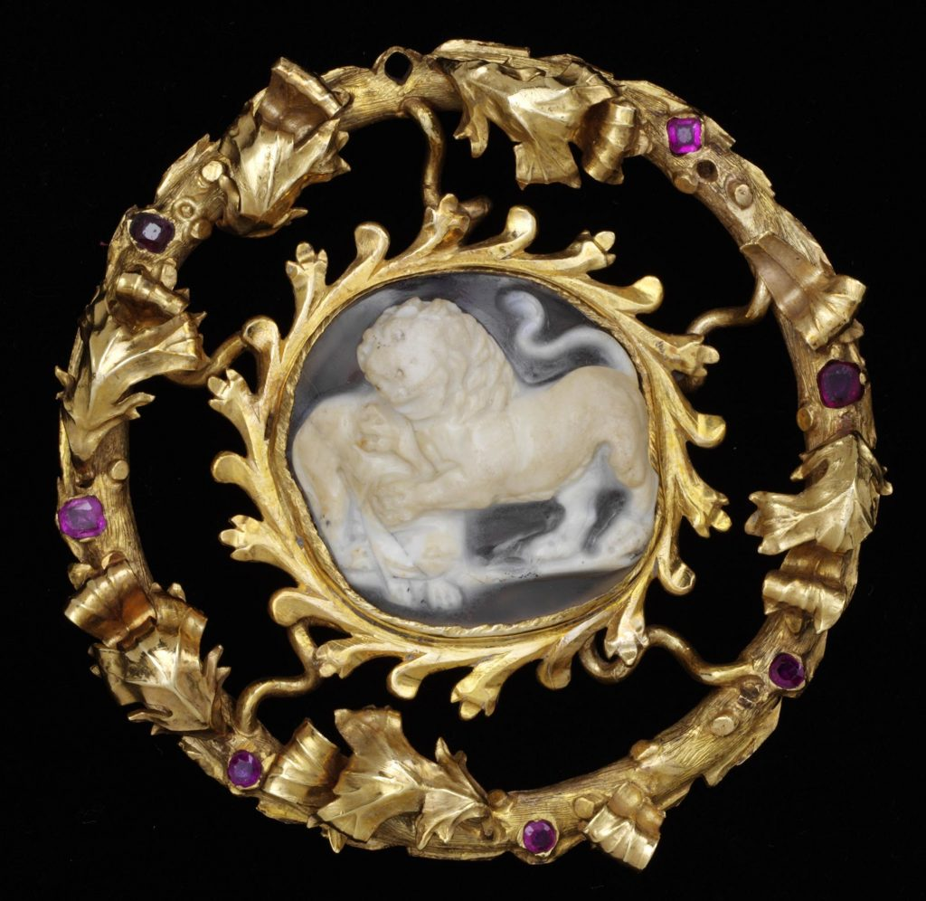 Cameo Brooches Information And History Antique Cameos