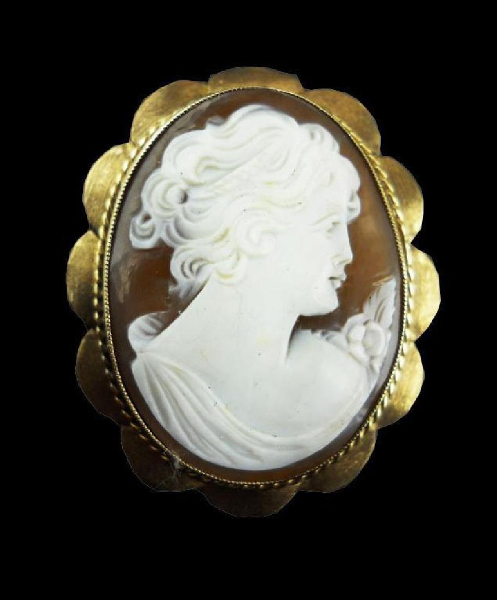 Cameo pendant brooch scalloped framed antique cameos cameo pendant brooch aloadofball Choice Image