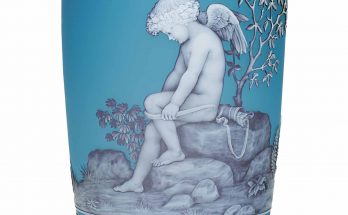 A THOMAS WEBB & SONS CAMEO GLASS ALLEGORICAL VASE OF CUPID CIRCA 1880