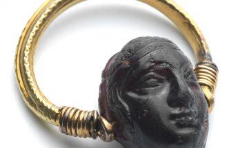 A Hellenistic garnet cameo of a head